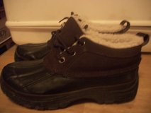 #7003 KHUMBU ALL WEATHER BOOT SIZE 7M in Fort Hood, Texas